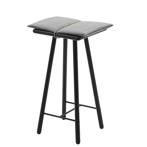 Skagerak Georg bar stool, low, black