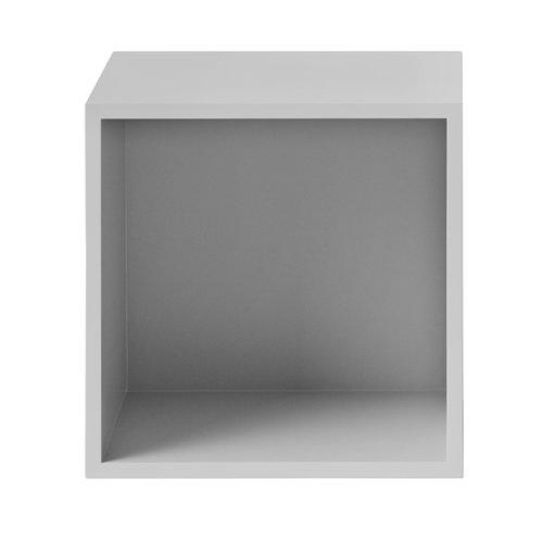 Muuto Modulo Stacked medio con parete posteriore, grigio chiaro