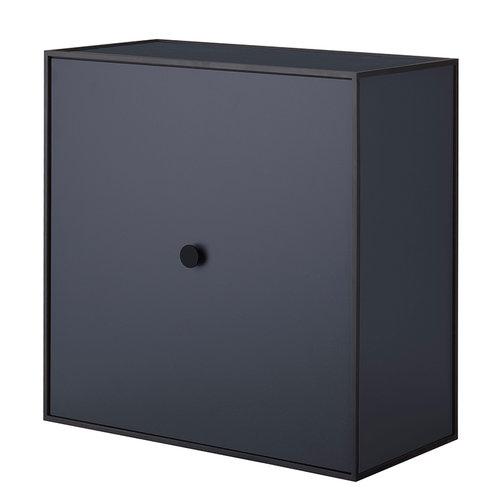 By Lassen Frame 42 laatikko ovella, tummansininen