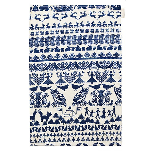 Saana ja Olli Y� mets�ss� tea towel, white-blue