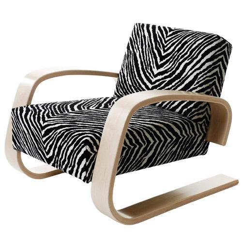 Artek Aalto Tank chair 400, zebra fabric
