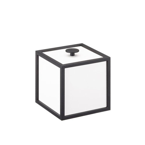 By Lassen Frame 10 box, white