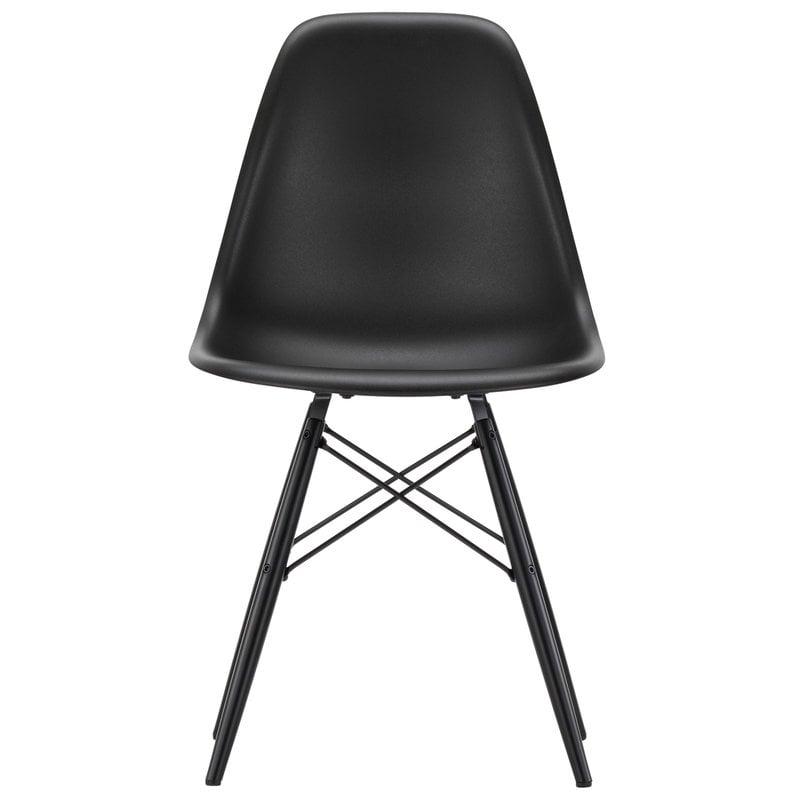 Vitra Eames DSW tuoli, deep black - musta vaahtera