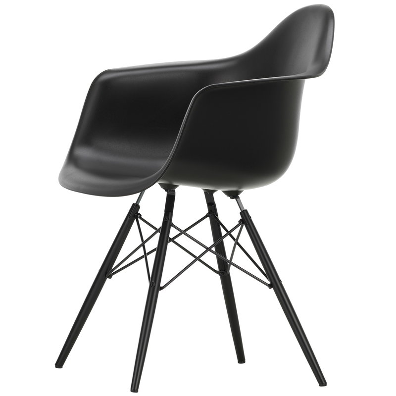 Vitra Eames DAW chair, deep black - black maple