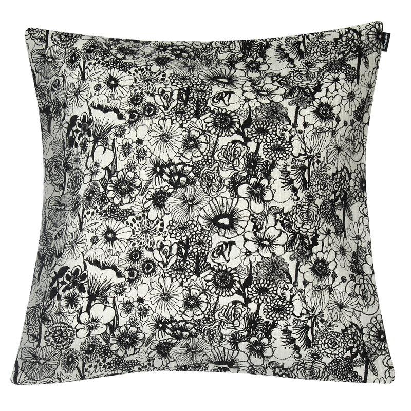 Marimekko Seppelekukat tyynynpäällinen 50 x 50 cm