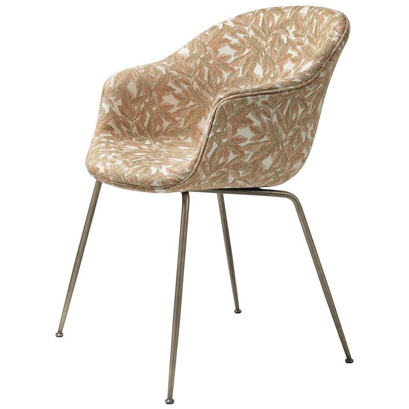Gubi Bat chair, Blattergarten MC740A07 - antique brass base