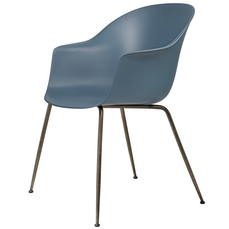 Gubi Bat chair, smoke blue - antique brass base