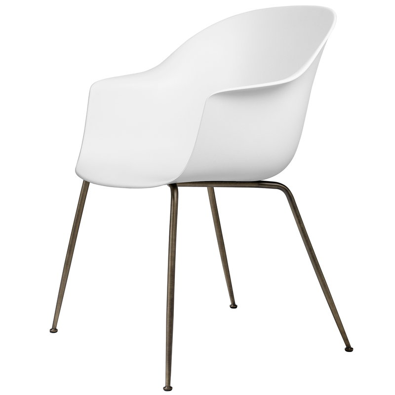 Gubi Bat chair, pure white - antique brass base