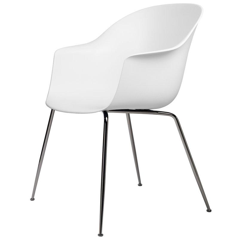 Gubi Bat tuoli, pure white - mustat kromijalat