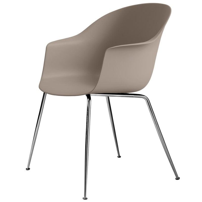 Gubi Bat chair, new beige - chrome base