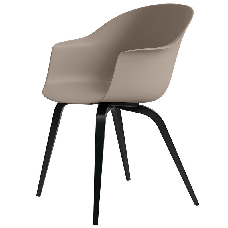 Gubi Bat chair, new beige - black beech base