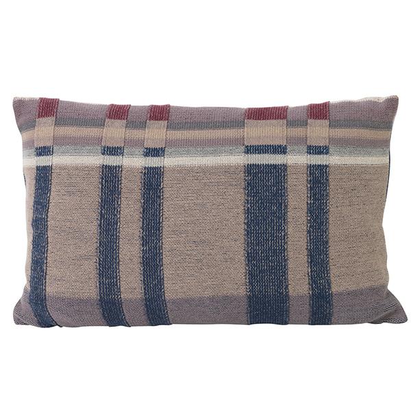 Ferm Living Medley Knit tyyny, iso, tummansininen