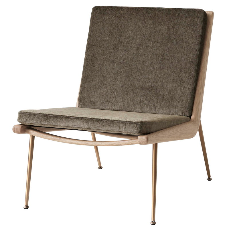 &Tradition Boomerang HM1 lounge chair, Duke 004 - white oiled oak