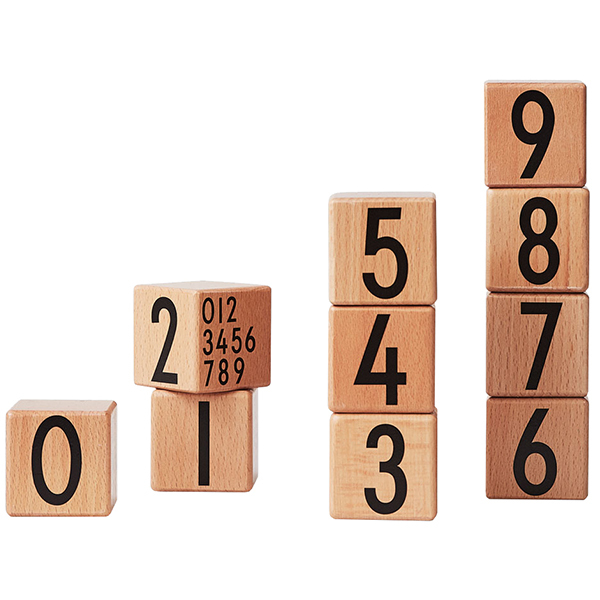 Design Letters AJ Wooden cubes 0-9, natural