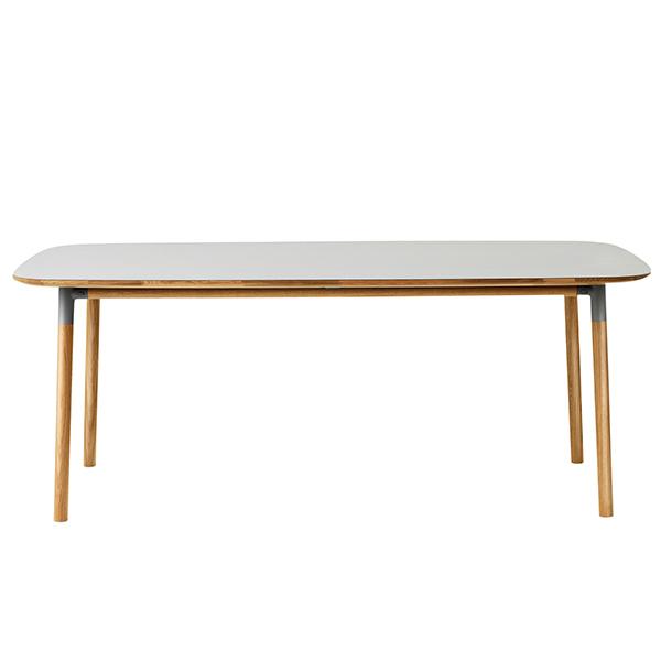 Normann Copenhagen Form pöytä 200 x 95 cm, harmaa-tammi