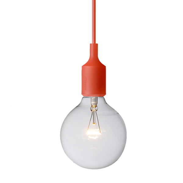 Muuto e27 socket lamp red finnish design shop for Luminaire suspendu 3 lampes