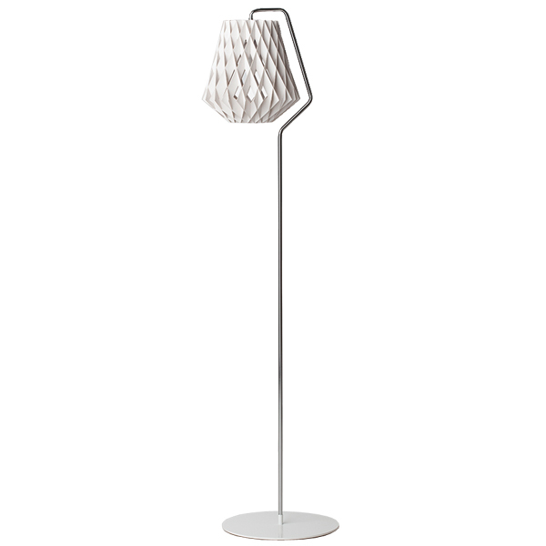 Showroom Finland Pilke 28 floor lamp, white