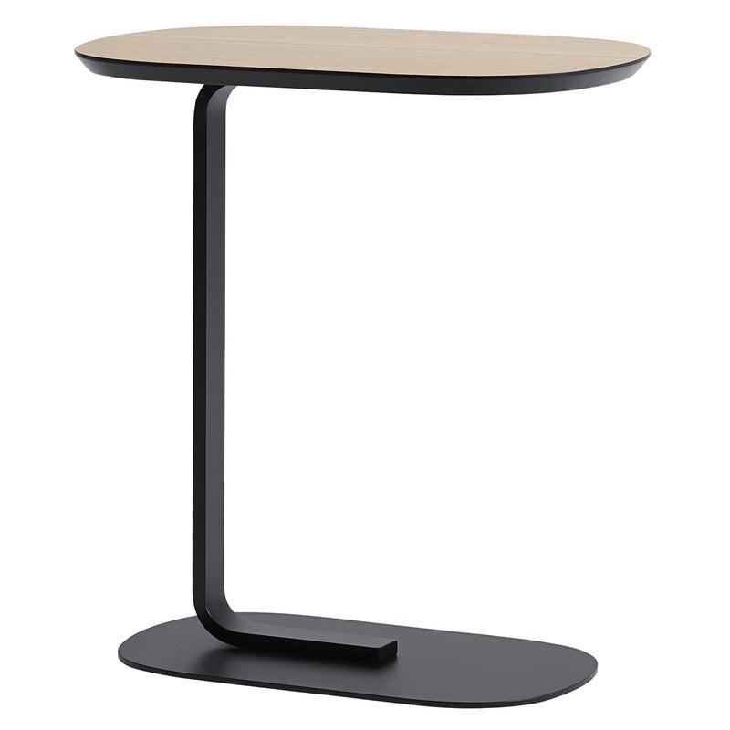 Muuto Relate side table, oak - black