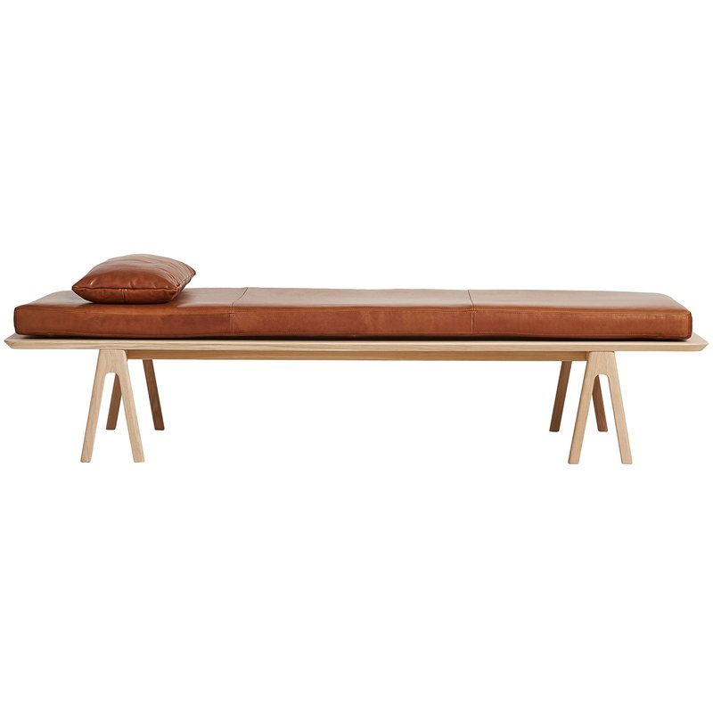 Woud Level cushion for daybed, nougat leather