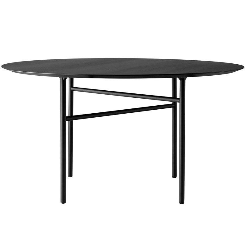 Menu Snaregade table round 138 cm, black oak