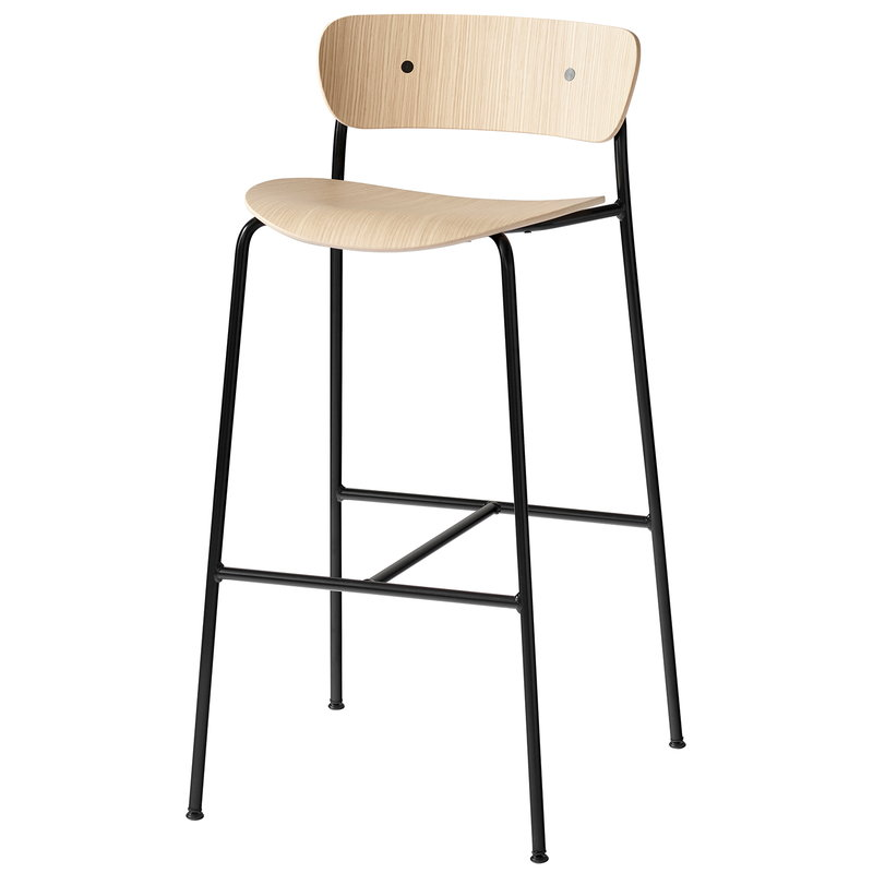 &Tradition Pavilion AV7 / AV9 bar stool, lacquered oak