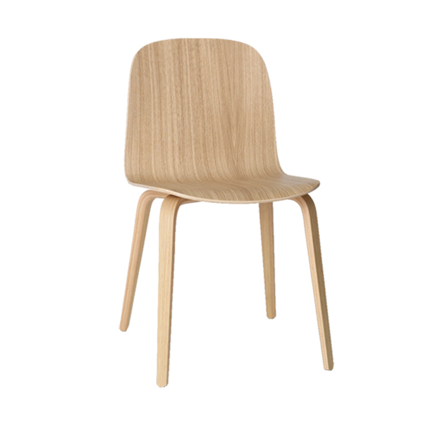 Muuto Sedia Visu, base in legno, rovere naturale | Finnish Design Shop
