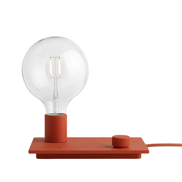 Muuto Control table lamp, red
