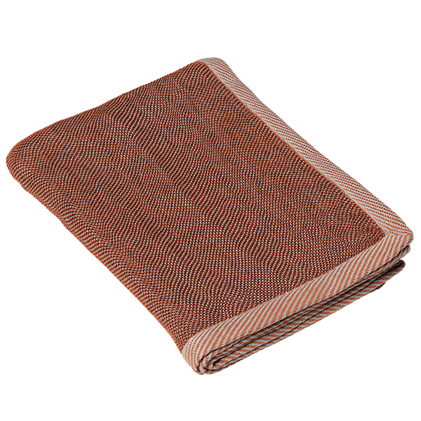 Muuto Ripple throw, brown