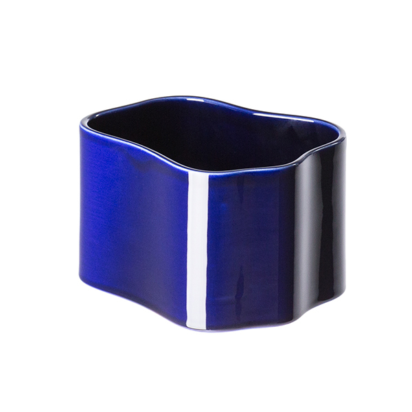 Artek Riihitie plant pot B, small, blue gloss