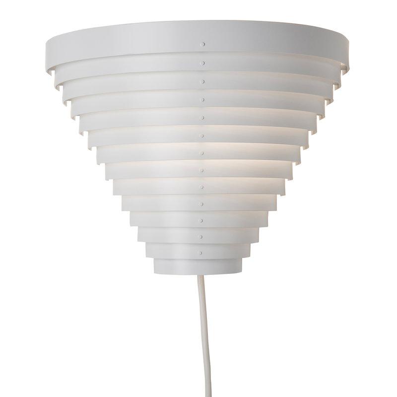 Artek A910 wall lamp
