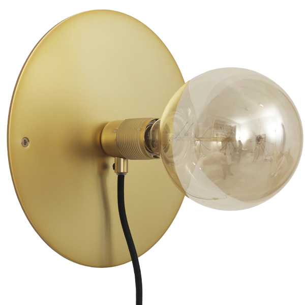 Frama E27 wall lamp, medium, brass
