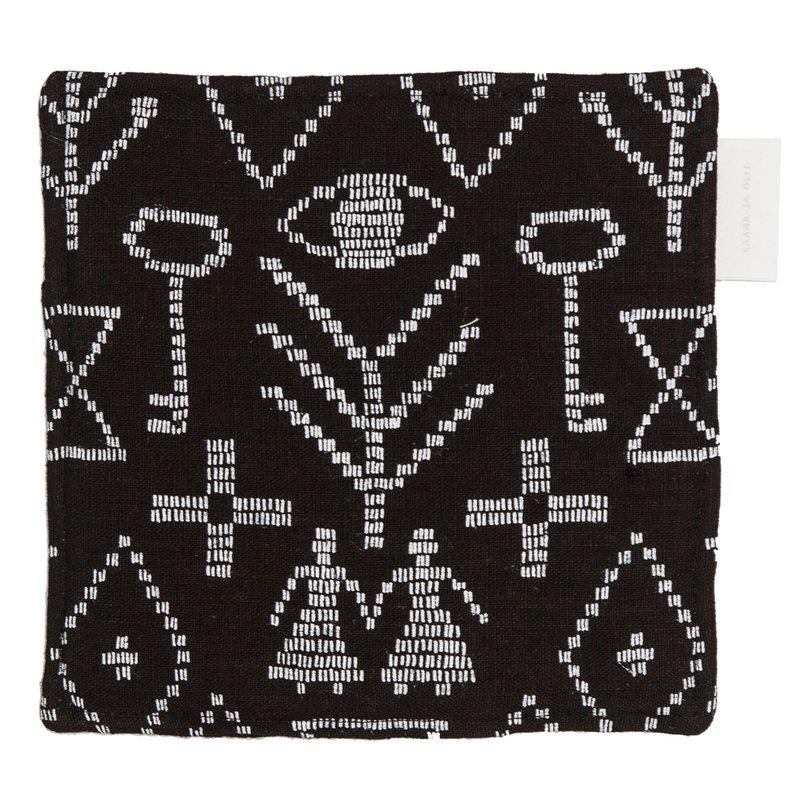Saana ja Olli Maailman synty pot holder/trivet, black