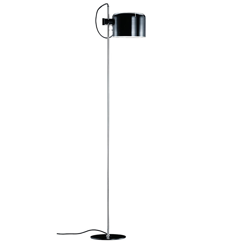 Oluce Coupé 3321 floor lamp, black