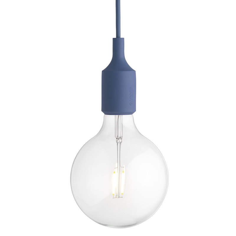 Pæn Muuto E27 LED socket lamp, pale blue | Finnish Design Shop QM31