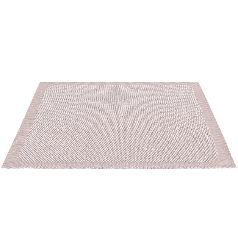 Muuto Pebble rug, pale rose