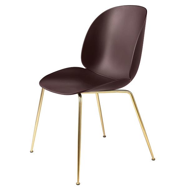 Gubi Beetle tuoli, messinki - dark pink