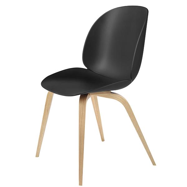 Gubi Beetle tuoli, tammi - musta
