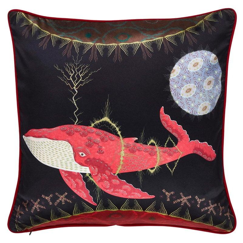 Klaus Haapaniemi Cosmic Whale with Lilac Planet tyynynpäällinen, silkki