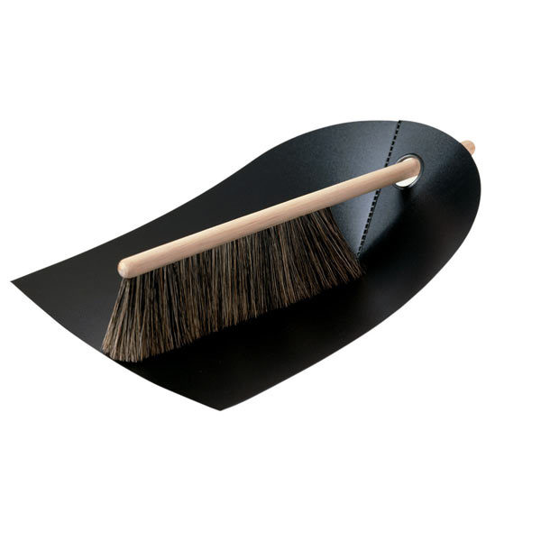 Normann Copenhagen Dustpan and broom, black