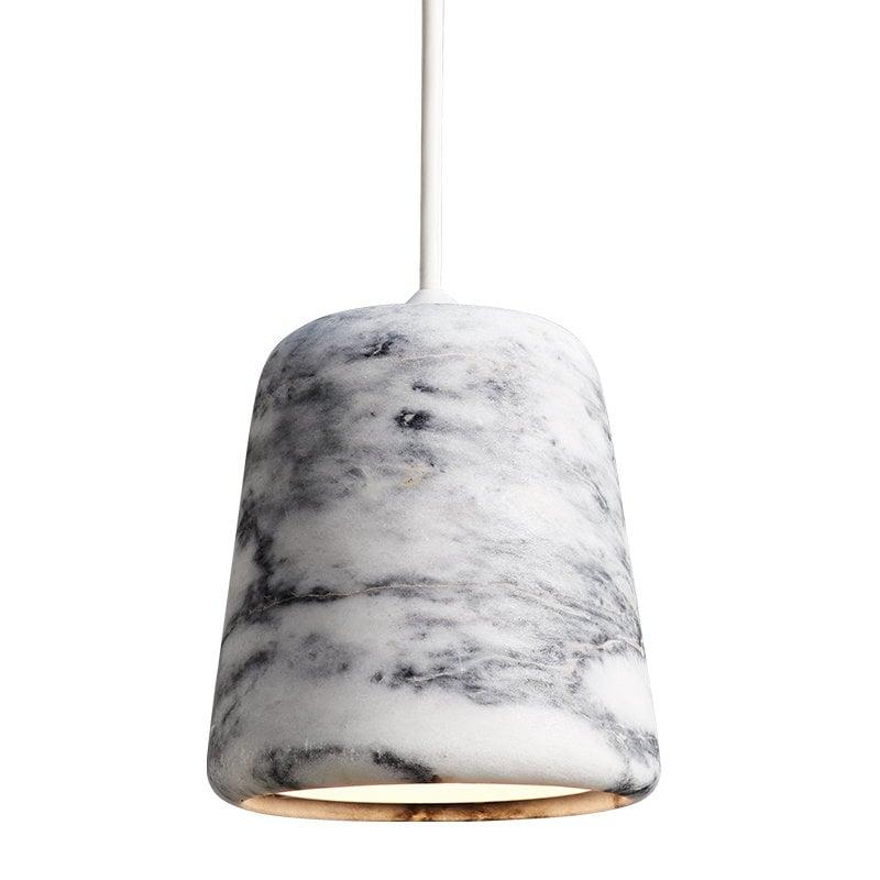 New Works Material riippuvalaisin, valkoinen marmori
